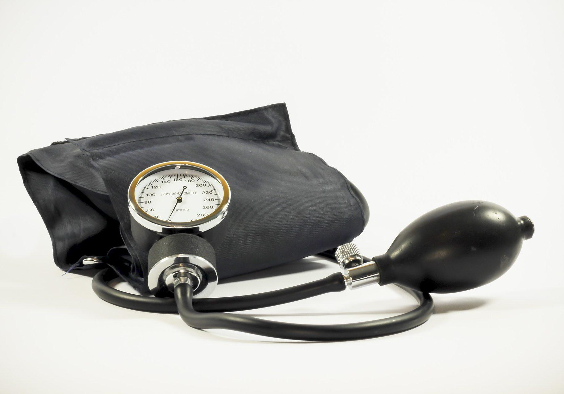 blood-pressure-1006791_1920